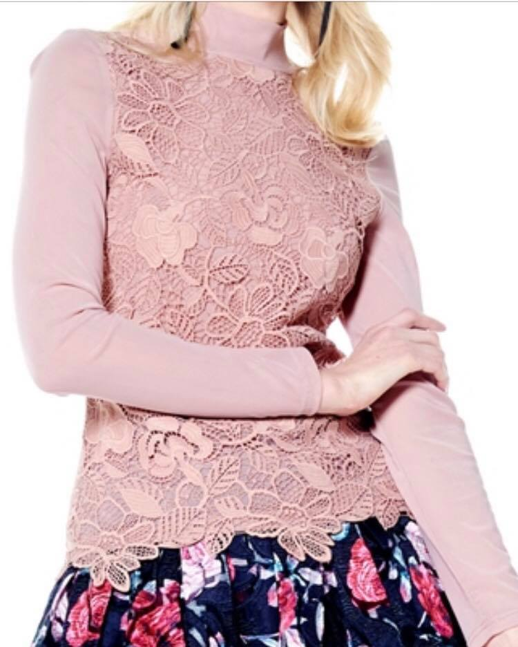 FLOWER LACE MESH TOP