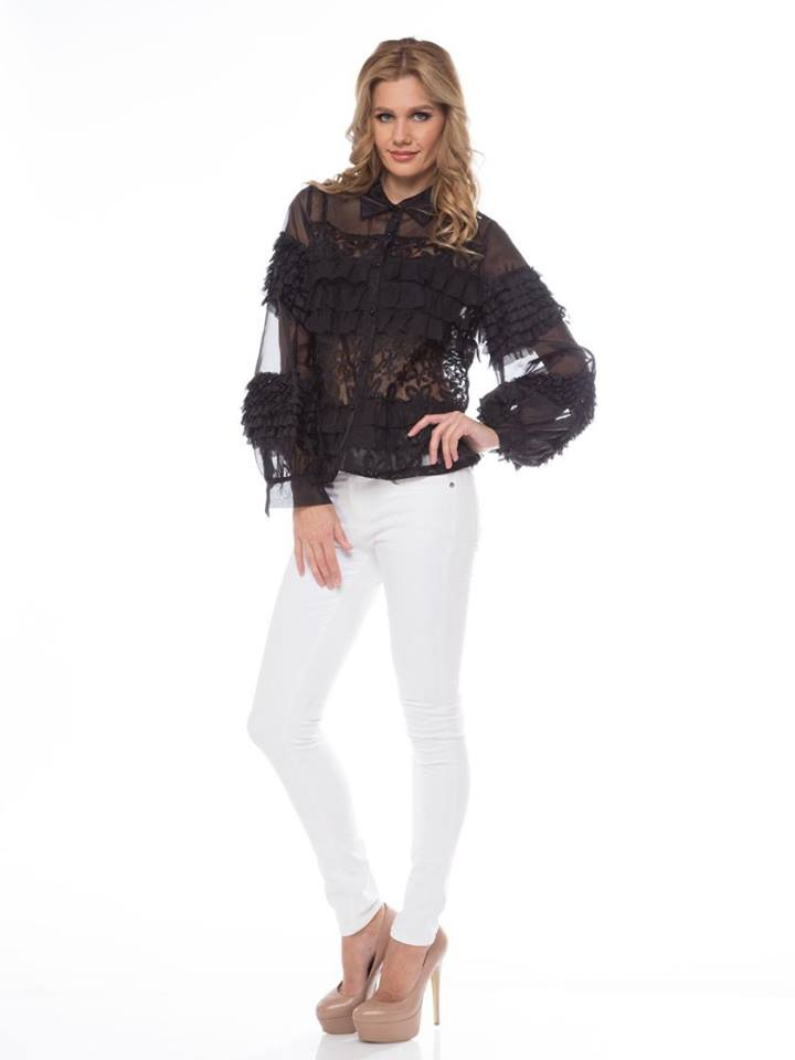BLACK LACE RUFFLE  TOP
